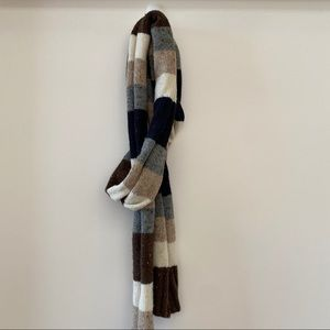 H&M color block knit scarf